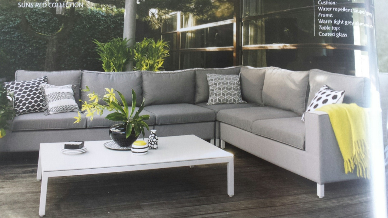 Chill outside lounge more home - Massief idee van tuin ...